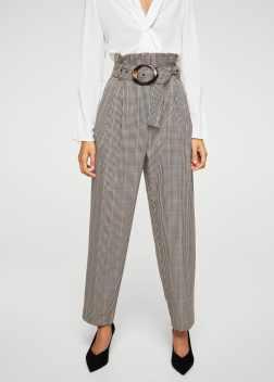 https://shop.mango.com/es/mujer/pantalones-rectos/pantalon-cuadros-hebilla-carey_11055015.html?c=70&n=1&s=search
